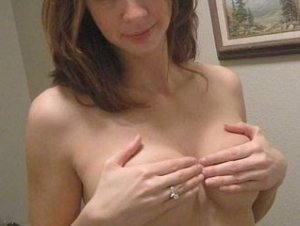Lisea escorts Oregon, WI